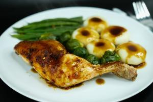 How a Ketogenic Diet Helps to Fight Cancer